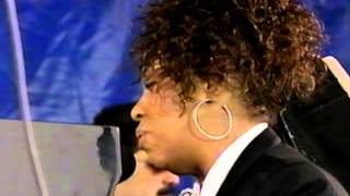 Roberta Flack - Killing Me Softly With His Song - 8/16/1992 - Newport Jazz Festival (Official)