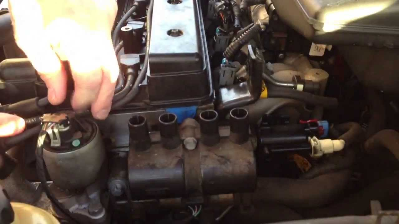 Changing the ignition coil on a Suzuki  YouTube