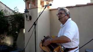 Hotel El Nogal en Madrona. José Luis López toca la Zanfona 19/7/2013