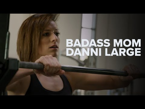 Badass Mom Danni Large Lifts Heavy | C4