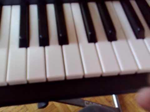 musique tres tres simple piano debutant, techno tres connu; tutorial