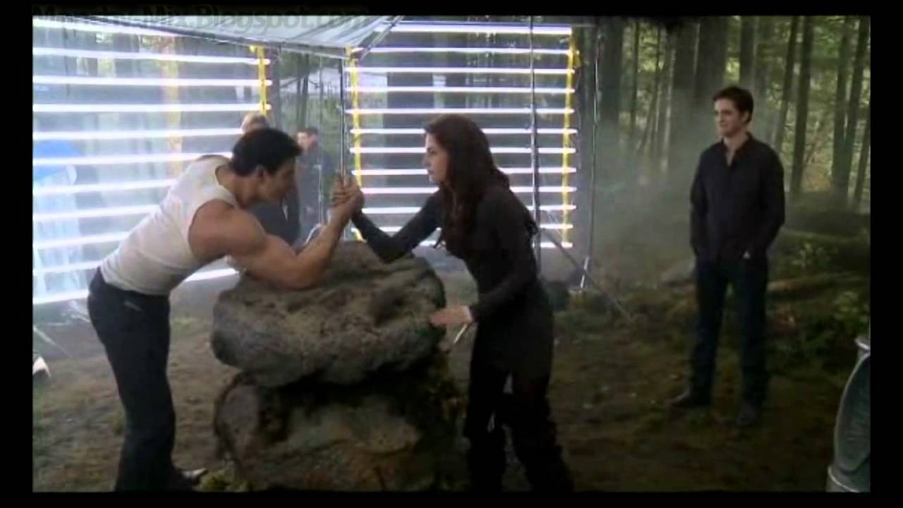 Twilight saga breaking dawn parte two cold play a massage - 1 5