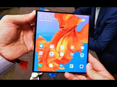 Tech Guide goes hands-on with the Huawei Mate X foldable phone