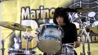 Marky Ramone performance@Atlante Shopping Centre 08.12.2011(360p_H.264-AAC).mp4