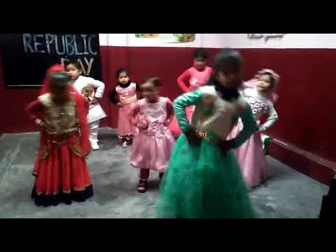 Dance Performance by little kids of Blossom Montessori Public School