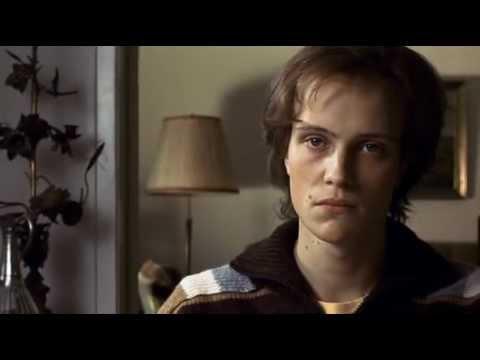 23 Nada es lo que parece (1998)