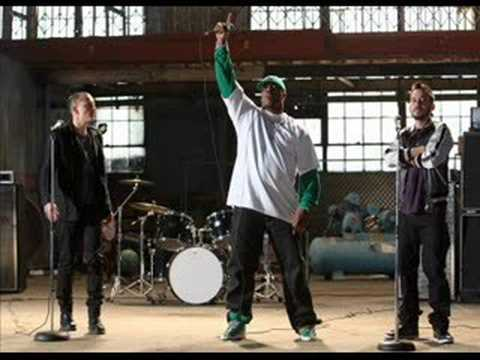 We Made It - Linkin Park feat Busta Rhymes (Live)