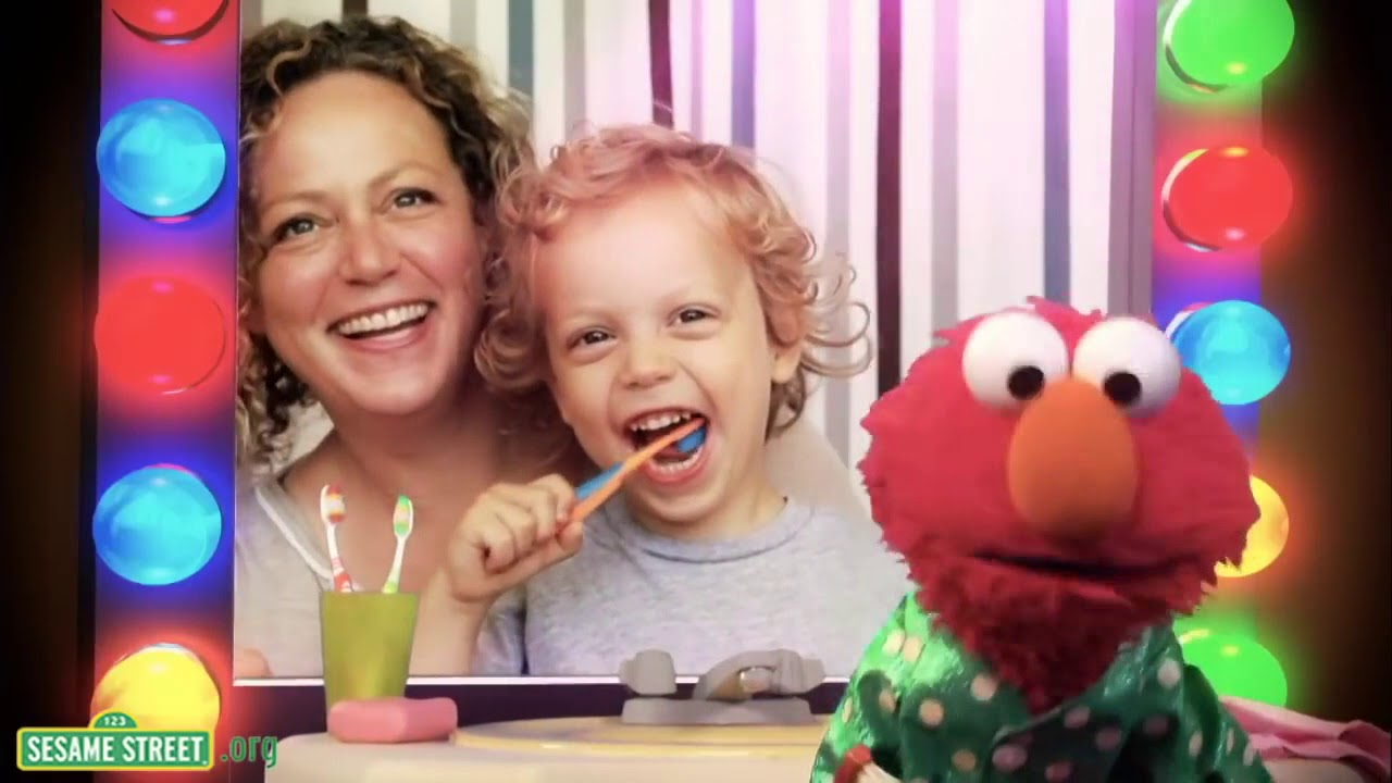 Brush Your Teeth With Elmo Youtube