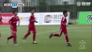 Gambar cover 中国足球小将4-1多特