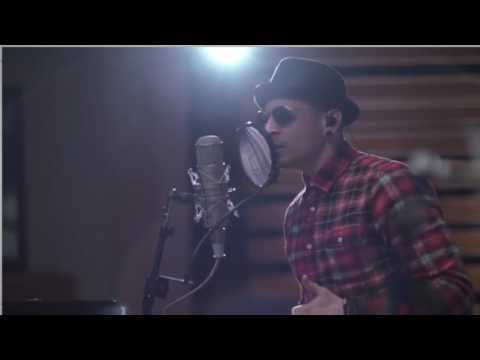 Linkin Park - Crawling Piano Version (Facebook Live session) #LP17