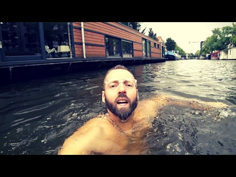 $450 AirBnb Luxury Houseboat Amsterdam 🇳🇱