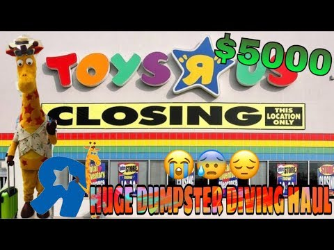 TOYS R US CLOSED AND WE CHECKED THEIR DUMPSTER... WHAT WE FOUND LEFT US SHOCKED ($5,000 HAUL)