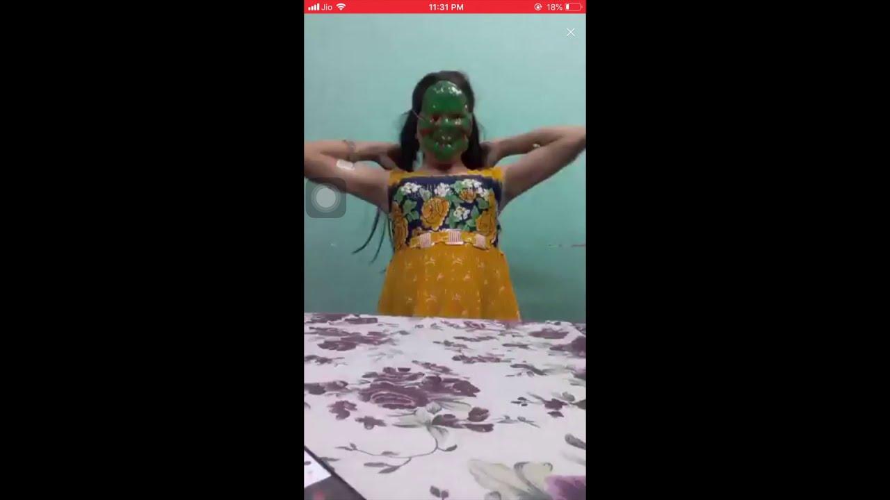 Download Desi Sexy Girl Dancing on live IMO call without panty || Bigo Hot alone Girl Dance