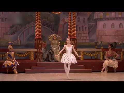 【バレエ】金平糖の精の踊り【くるみ割り人形】