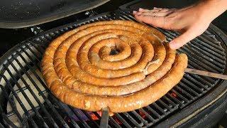 ШАШЛЫК По - Немецки. Жарим ОГРОМНЫЕ колбаски на гриле.