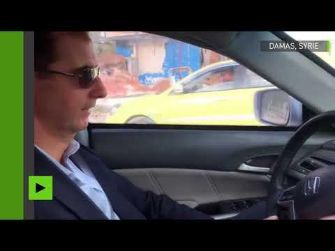 Bachar el-Assad en voiture dans les régions libérées des rebelles