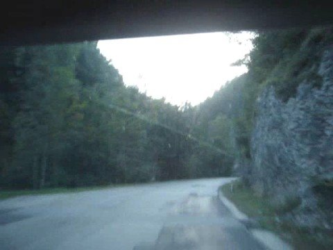 ROMANTIC AUSTRIAN VALLEY SPEED DRIVE