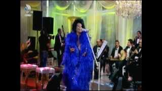 Bülent Ersoy - Canli Konser - Beyaz Show  11.5.2012