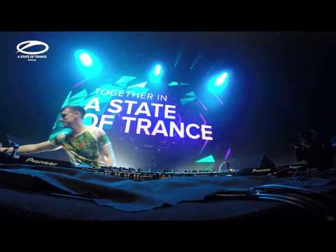 Bryan Kearney LIVE @ ASOT 700 Buenos Aires April 2015 HD