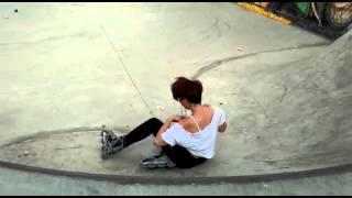 Como NO subir una rampa en el Skate Park - Caídas