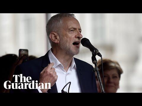 Jeremy Corbyn defends Sadiq Khan at anti-Trump rally: I'm proud London has a Muslim mayor