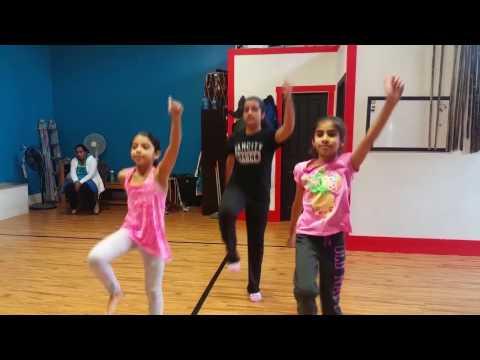 Cuteness overload! - Jr Girls Bhangra