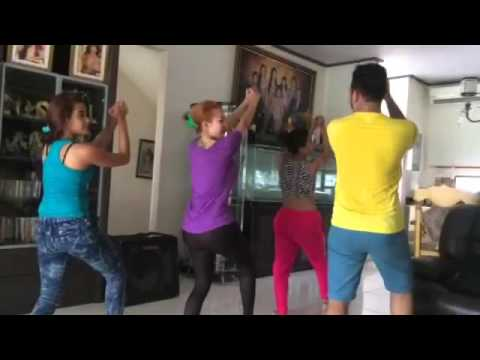 Cynthiara Alona Latihan Goyang Bemper