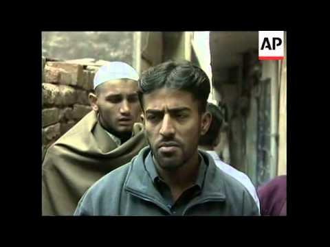 Musharraf escapes assasination