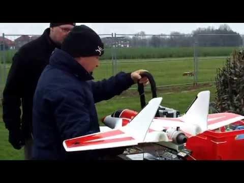 Twinjet mit Lambert Microturbine - Testflug