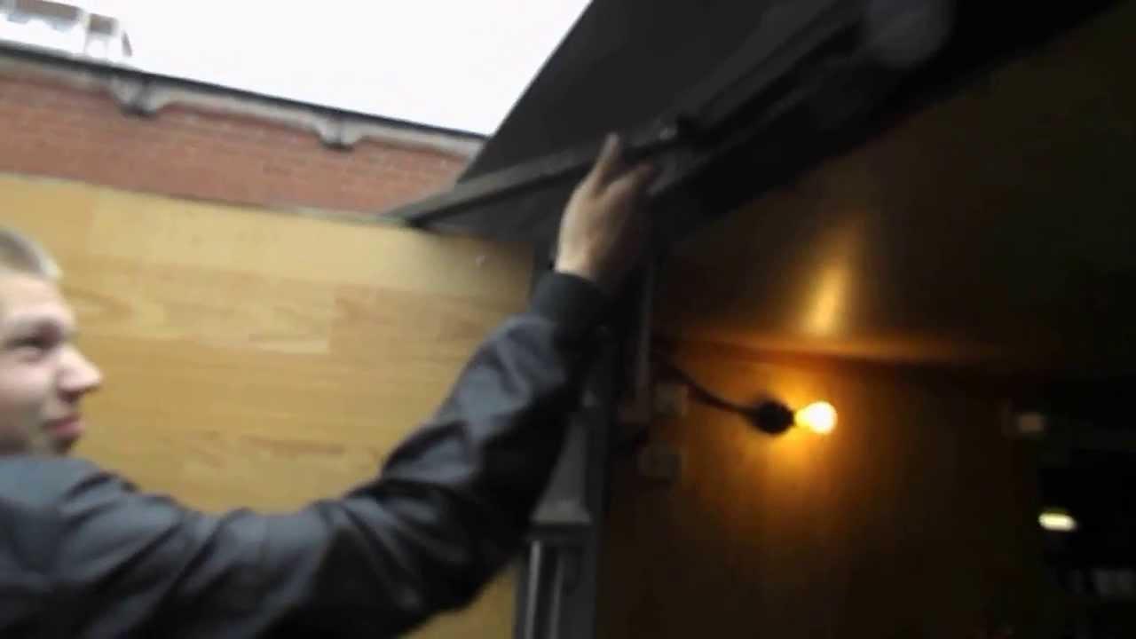 Фиксаторы гаражных ворот своими руками