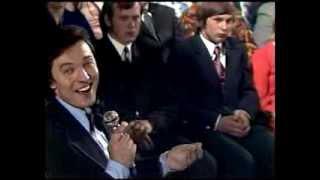 1976 Karel Gott - Je jaká je
