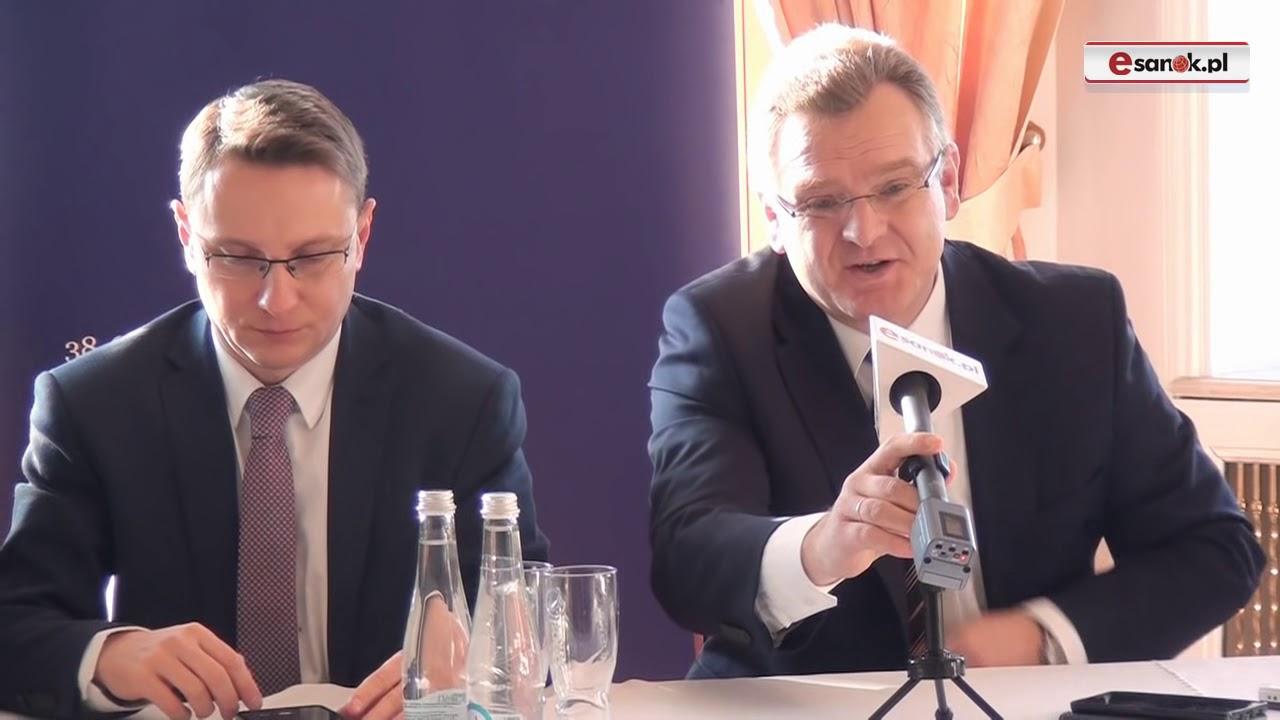 Konferencja prasowa w Pałacu Olszanica. Nowe miejsca pracy dla więźniów i cywilów