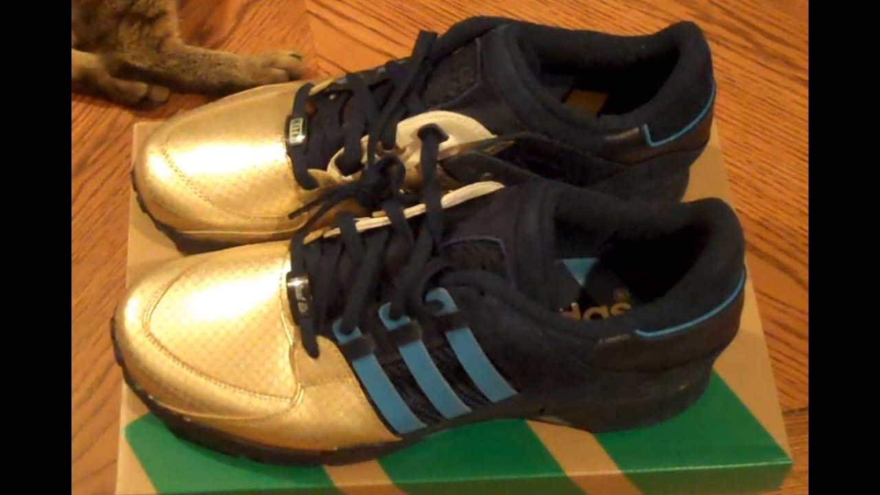 "size 40 7c375 0a5cb Ronnie Fieg x adidas EQT Support  93 ""NYC s Bravest"" Unboxing Review    On-Foot"