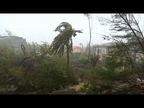 رئيس موزمبيق يكشف عن حصيلة جديدة لضحايا الإعصار إيداي  - نشر قبل 3 ساعة
