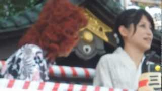 三島夏まつり16日、野沢雅子さんの動画です。 ピンボケ・手振れで見づら...