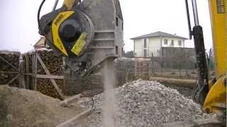 new mb c50 the smallest mb crusher bucket