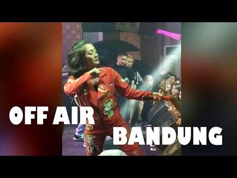 Siti Badriah, Lagi Syantik, Terong Dicabein, Bara Bere (Penampilan Sibad Di Bandung)