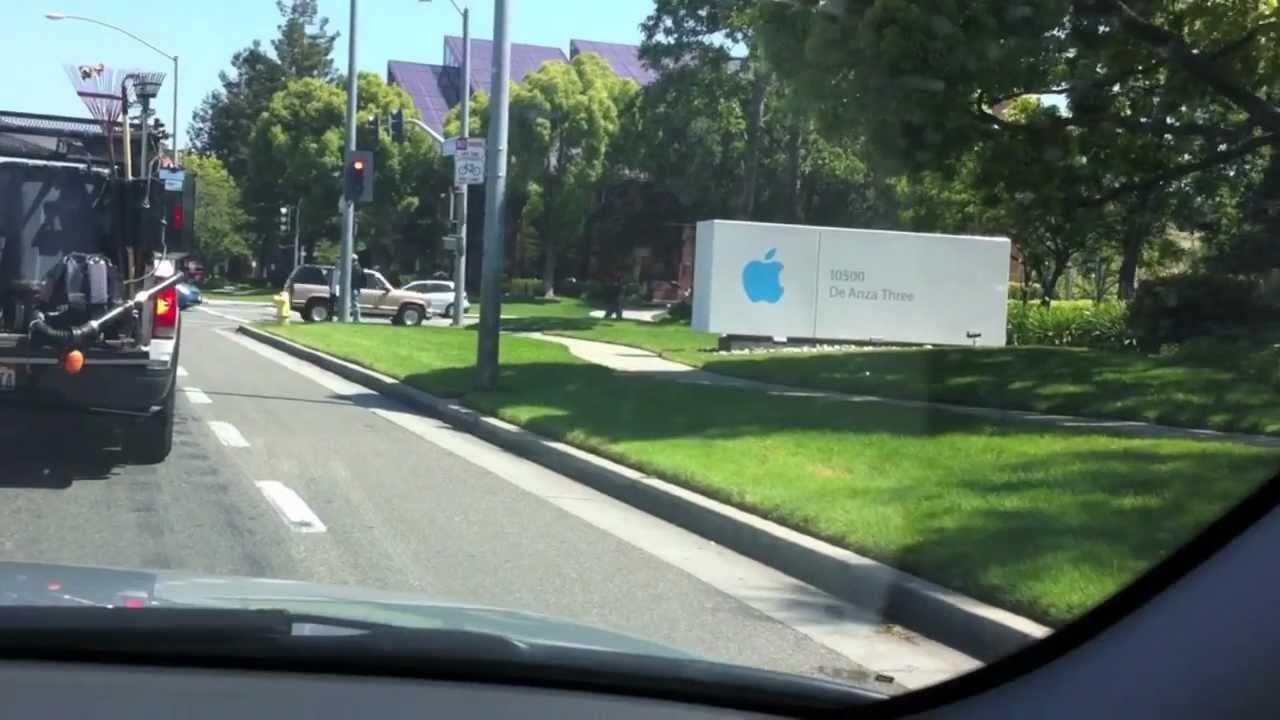 Viajando com Rafael de Angeli na sede da Apple, em Cupertino, California,  USA