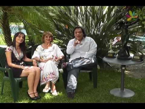 ANA LUISA PELUFFO EN VIVE CUERNAVACA