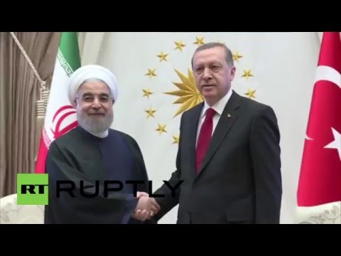 Turkey: Rouhani recieved in Ankara with military honours