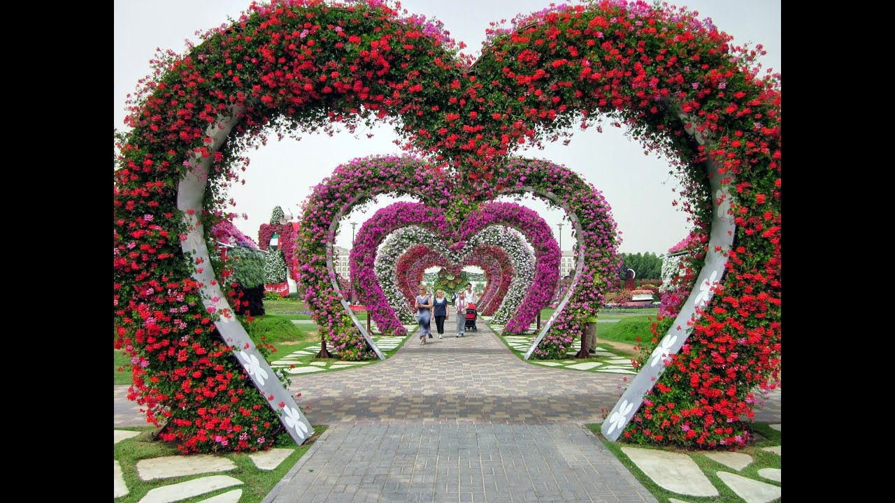 Beautiful Flower Gardens Of The World miracle garden dubai | the most important tourist destinations in