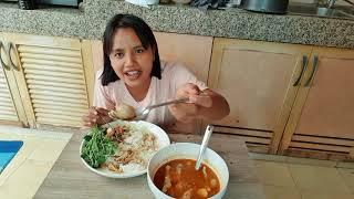 กินขนมจีนยั่วๆนุ่นแม่บ้านพี่ตั๊กแตน
