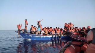 اتفاق في أوروبا على توزيع المهاجرين