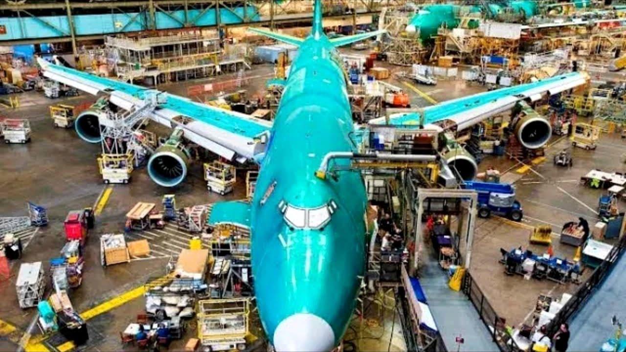 দেখুন ফ্যাক্টরিতে এরোপ্লেন কি ভাবে তৈরি হয় | Manufacturing Of Aeroplane in Bangla