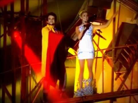 Sophie Charlotte cantando em alemão no Criança Esperança 180812
