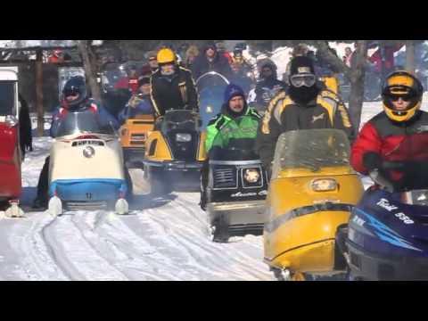 Antique Snowmobile Rendezvous - Brainerd Dispatch, MN