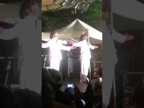 De Wonder Twins be dancin' bruh