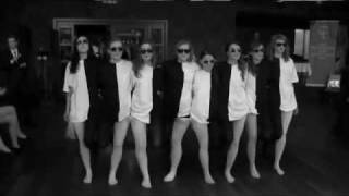 черно-белые танцы