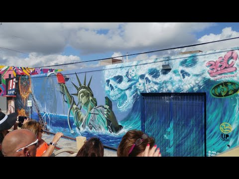 Miami Big Bus Tour 2017, Miami Vice route, Wynwood Walls, Little Havana, Sights  Boats & Miami Beach