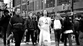 Dreaming In Indian: Contemporary Native American Voices – Annick Press
